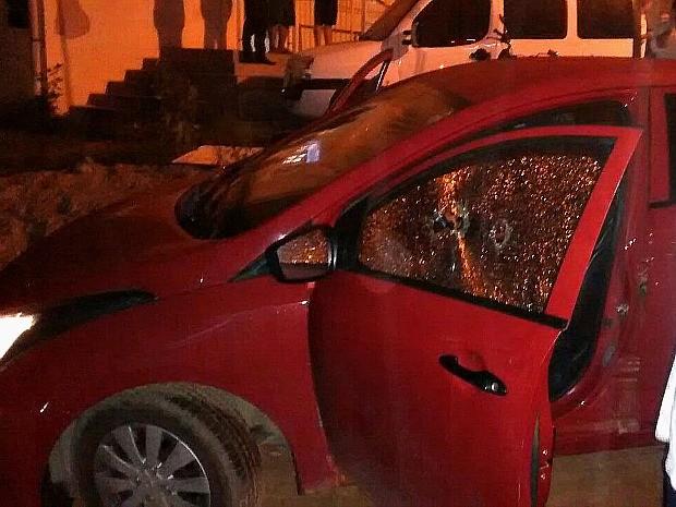 Presidente de rádio comunitária é morta a tiros dentro de carro no Espírito Santo (Foto: VC no ESTV)