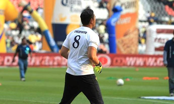 Camisa Homenagem Chespirito, do Chaves - América do México (Foto: Reprodução / Facebook do América do México)