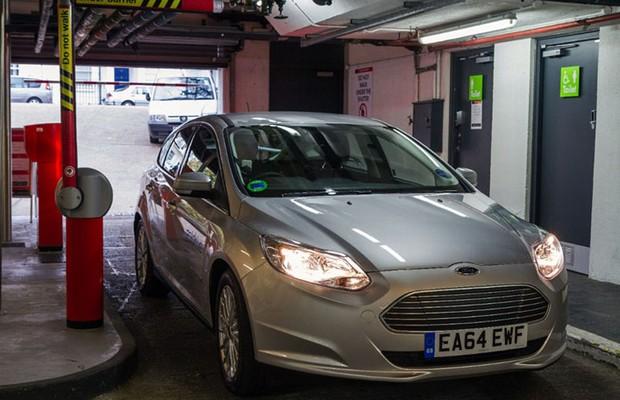 Ford usa Focus elétricos em serviço de compartilhamento de carros em Londres (Foto: Divulgação)