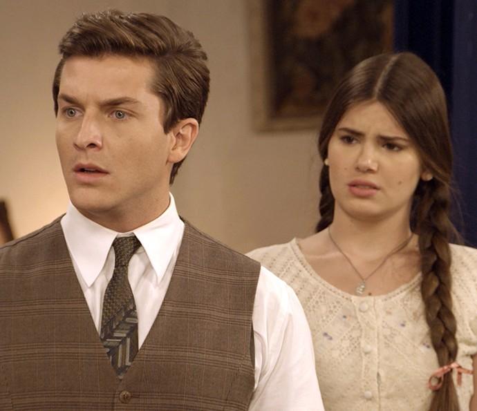 Romeu fica chocado com o que Paulina diz sobre ele (Foto: TV Globo)
