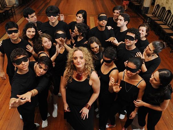 Público que enxerga usa vendas durante as apresentações (Foto: Divulgação)