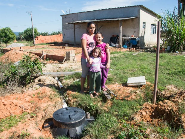 A família de Joelita da Silva Santos é uma das beneficiadas pela iniciativa  (Foto: Alexandre Lombardi)