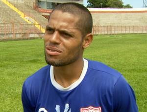João Paulo, lateral do Mogi que negocia transferência para o Flamengo (Foto: Carlos Velardi / EPTV)