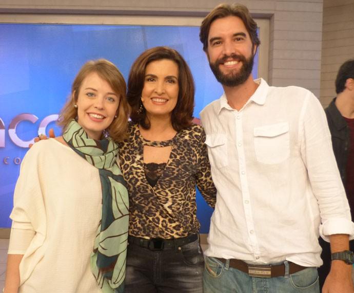 Fátima posa nos bastidores do Encontro (Foto: Marcele Bessa/Gshow)