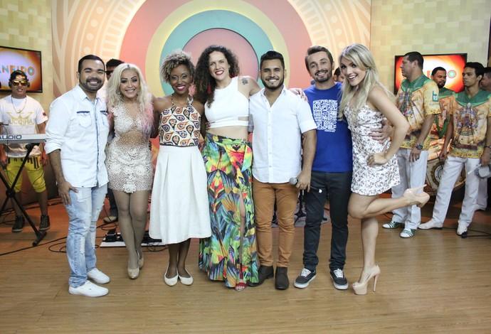 Último 'Paneiro' de 2016 entra no clima do 'Show da Virada' (Foto: Katiúscia Monteiro/ Rede Amazônica)
