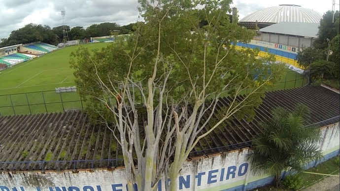 Estádio Municipal Lindolfo Monteiro (Foto: Magno Bonfim/frame-drone/TVCLUBE)