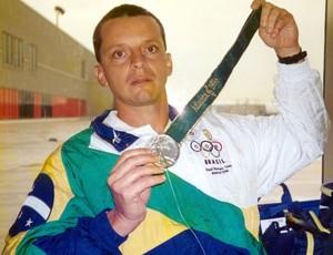 Miguel Angelo da Luz Basquete mundial 1994 (Foto: Divulgação / CBB)
