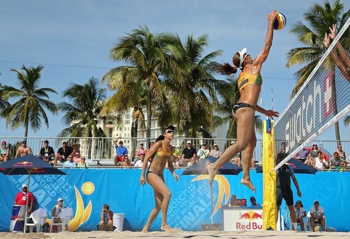 Larissa e Talita vão às semifinais em Fort Lauderdale (Foto: Divulgação)