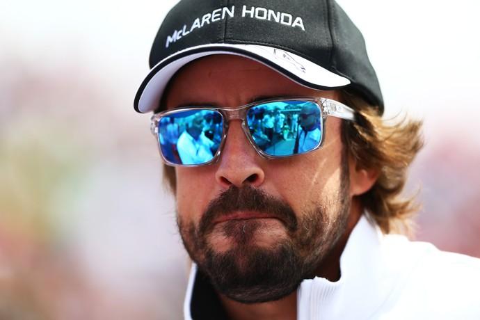 Fernando Alonso respondeu ao chefe de equipe de uma maneira pouco comum (Foto: Getty Images)