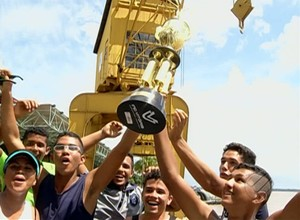 Clube do Remo comemora a conquista na Estação das Docas (Foto: Reprodução TV Liberal)