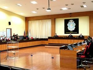 Desembargadores do TJAM consideraram lei inconstitucional em votação na terça-feira (7) (Foto: Mário Oliveira/TJAM - Divulgação)