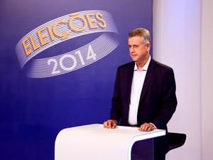 O candidato ao GDF Rodrigo Rollemberg (PSB) se prepara para o debate da TV Globo (Foto: Gabriel Souto/TV Globo)