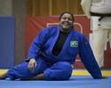 """""""Leve"""" com 120kg, Maria Suelen usa agilidade para bater rivais e ir ao pódio"""
