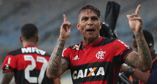 para cima (Gilvan de Souza/Flamengo)