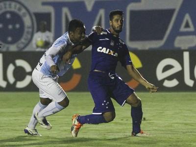 Léo; Cruzeiro (Foto:  Robson Vilela/Light Press)