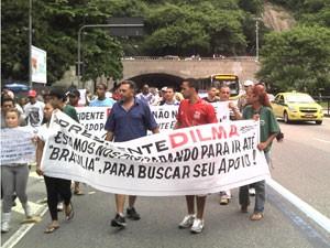 Grupo caminhou de São Conrado até Botafogo (Foto: Cristiane Cardoso/G1)