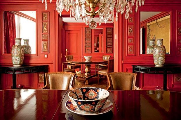 Como usar vermelho na sala de estar (Foto: Romulo Fialdini)