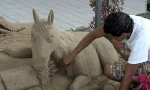 Festival de Castelos de Areia é a atração na orla do Gonzaga