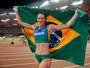 Fabiana Murer foca nos Jogos do Rio e planeja treinamento intenso para 2016