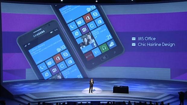 Samsung apresentou seu novo smartphone equipado com o sistema operacional Windows 8 (Foto: Reprodução)