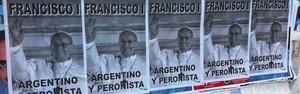 G1 em Buenos Aires: cartazes relacionam Papa ao peronismo (Giovana Sanchez/G1)