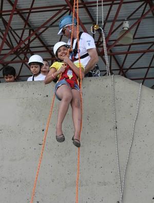Crianças receberam orientações de profissionais (Foto: Frank Cunha/Globoesporte.com)