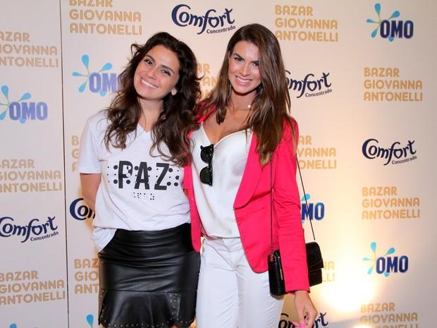 Giovanna Antonelli e Renata Molinaro (Foto: Alex Palarea / AgNews)