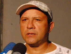 Suélio Lacerda, técnico do Sousa (Foto: Larissa Keren)