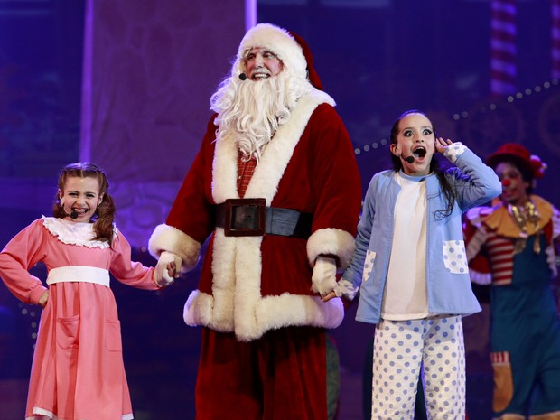 Vitória e Giada são as protagonistas da Fantástica Fábrica de Natal (Foto: Cleiton Thiele/Divulgação)