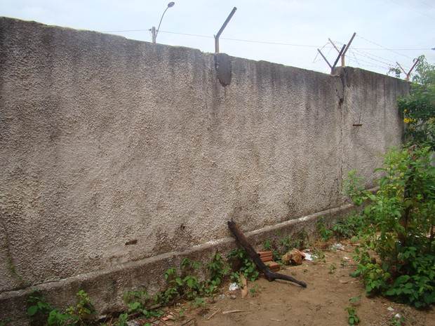 Local onde os alunos tiveram acesso às dependências do ginásio poliesportivo (Foto: Gilcilene Araújo)