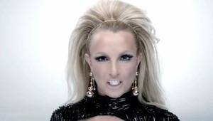 """Britney Spears em seu novo clipe, """"Scream and Shout"""" (Foto: YouTube / Reprodução)"""