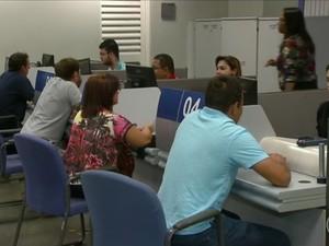 FGTS agência na Caixa (Foto: Reprodução/TV Globo)