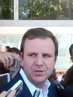Eduardo Paes na Cocom (Foto: Leonardo Filipo)