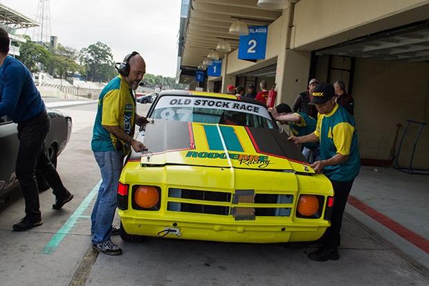 O Old Stock #87 do piloto Luiz Zappelini nos treinos livres (Foto: Divulgação/Humberto Silva)