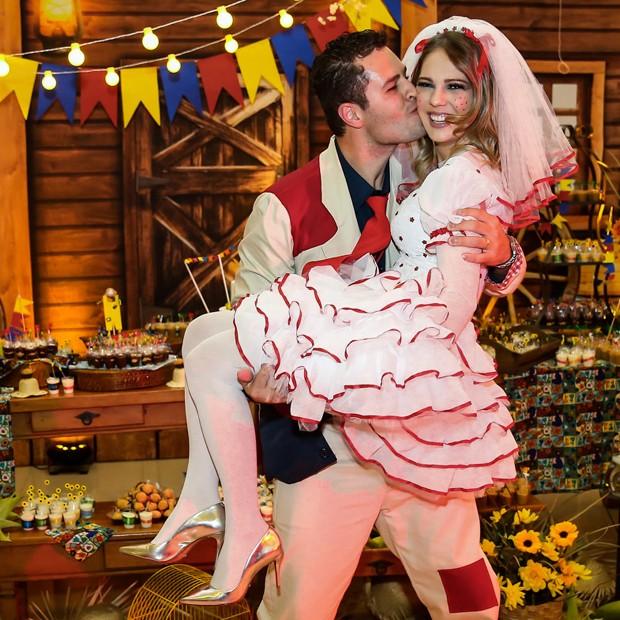 Pedro Leonardo e a mulher, Thais Gebelein (Foto: Manuela Scarpa/Brazil News)
