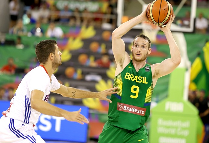 Marcelinho Huertas jogo basquete Brasil x França Copa do Mundo (Foto: FIBA)