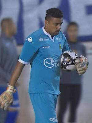 Zé Carlos goleiro Santo André (Foto: Reprodução SporTV)