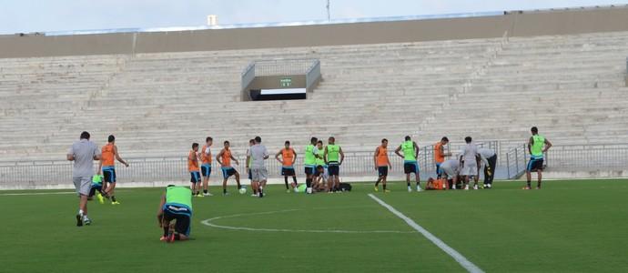 treino do botafogo-pb, botafogo-pb, bota-pb (Foto: Lucas Barros / GloboEsporte.com/pb)