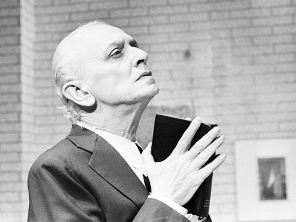 Mário Lago ficou conhecido pelo grande público ao trabalhar na televisão (Foto: TV Globo)