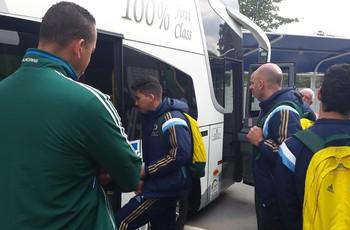 Jogadores do Palmeiras embarcam rumo a Presidente Prudente (Foto: Guto Marchiori)