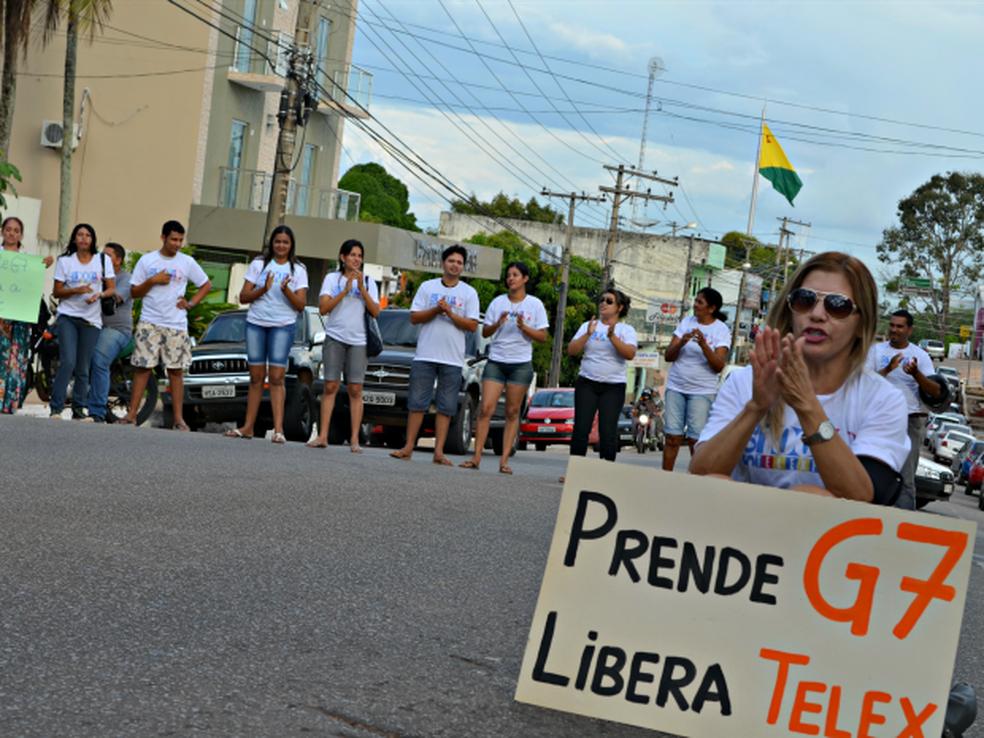Divulgadores chegaram a fazer protestos quando a Justiça suspendeu as atividades da Telexfree  (Foto: Tácita Muniz/G1)