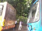 Batida entre carro e dois ônibus deixa feridos sem gravidade em BH