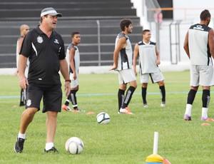Vica, treino do Treze, PV (Foto: Magnus Menezes / Jornal da Paraíba)