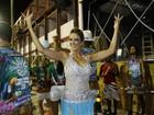 Ticiane Pinheiro, Sabrina Sato e mais famosas participam de ensaio da Vila Isabel