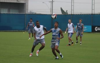 Renato fecha primeira parte de treino e não indica time titular do Grêmio