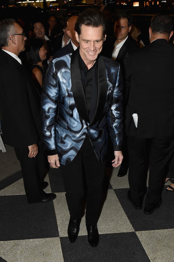 O ator Jim Carrey durante a sua passagem pela New York Fashion Week (Foto: Getty Images)