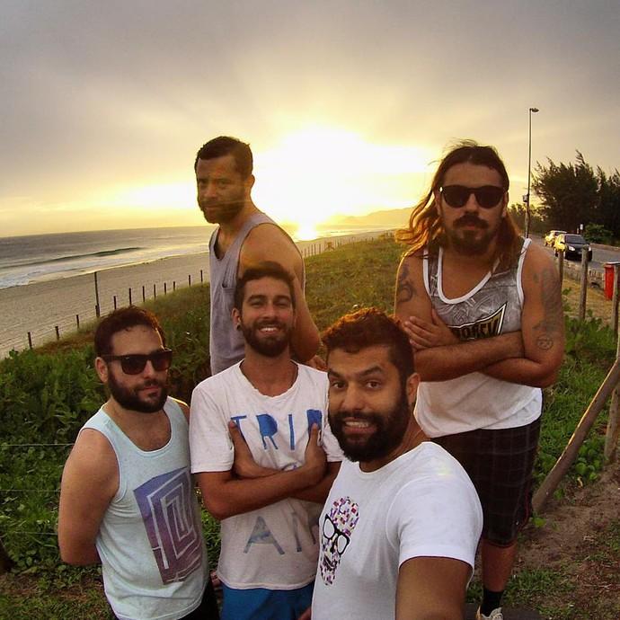 Integrantes da banda curtindo dia de sol (Foto: Arquivo Pessoal)