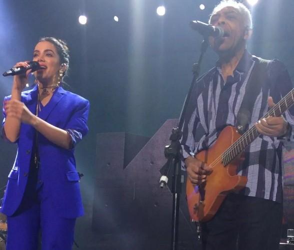 A cantora se apresentou ao lado de Gil nesta quarta-feira (2), em São Paulo (Foto: Reprodução/ Marie Claire)