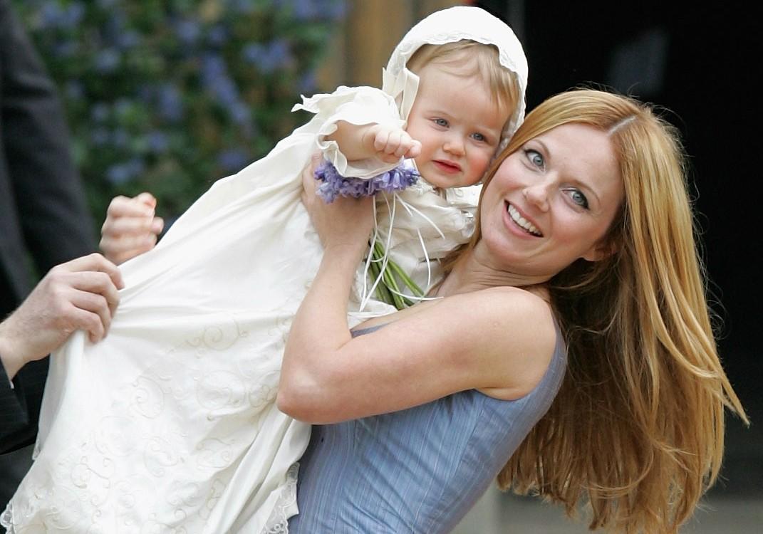 """O nome da filha da ex-Spice Girl Geri Halliwell é Bluebell (""""sino azul"""") Madonna. (Foto: Getty Images)"""