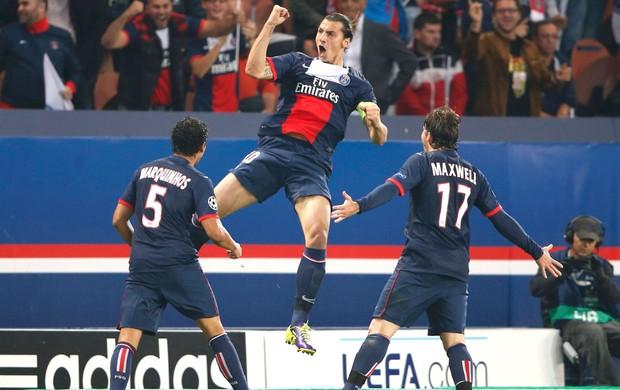 Ibrahimovic gol jogo PSG contra Benfica (Foto: Reuters)